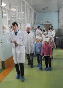 На Мичуринском заводе «Прогресс» прошла экскурсия для ребят из детского сада «Журавушка»