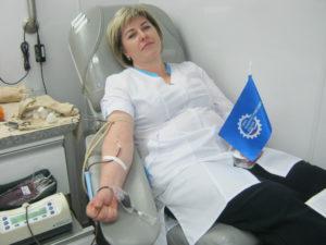 Сотрудники тамбовских промышленных предприятий регулярно сдают донорскую кровь